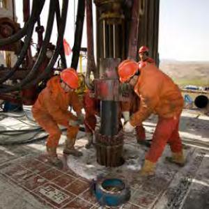 Drill-Rig-Crew-2